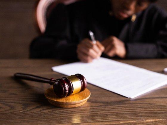Zakon o nalezljivih boleznih